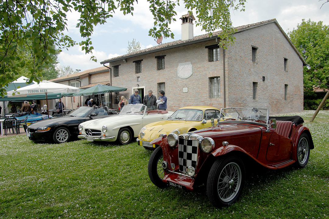 Atto costitutivo - Romagna Roadster Club